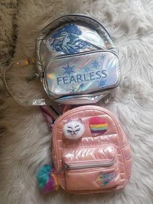 Girls Frozen 2 small backpack for Sale in Downey, CA