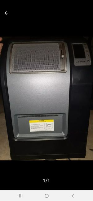 Lasko digital heater for Sale in Plano, TX