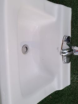 Sink. 19 By 17 Inch. for Sale in Bell Gardens,  CA