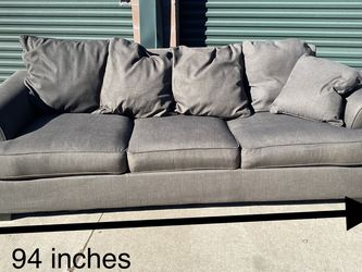 Grey Couch Free Delivery for Sale in Henderson,  CO