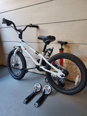 """Royal baby 18"""" kids Bike with Training wheel and Air pump for Sale in Dublin, CA"""