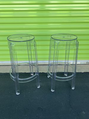 Clear Plastic Bar Stools $20 each Piece for Sale in Lakewood, CA