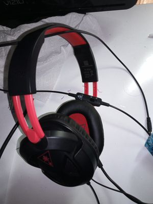 Red turtle beach headset for Sale in Lowell, MA