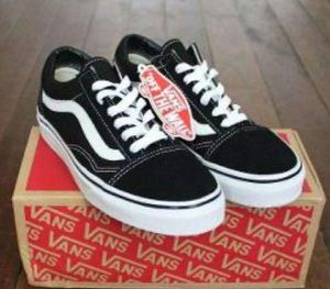 Vans Old Skool for Sale in Brawley, CA