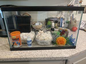 10 gallon fish tank for Sale in Tacoma, WA