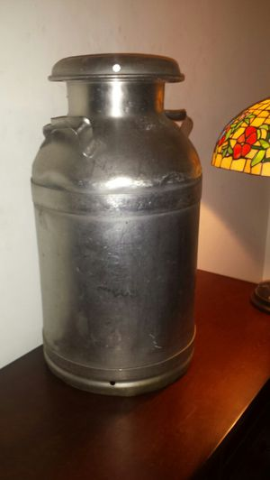 Antique Buhl Aluminum Milk Can for Sale in Fairfax, VA