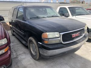 Part out 2004 GMC Yukon XL for Sale in Los Angeles, CA