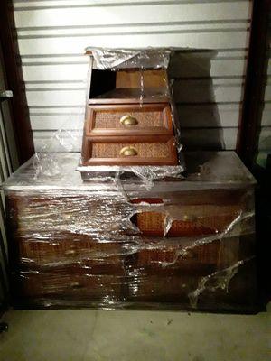 4 Piece Pier One bedroom set for Sale in Philadelphia, PA