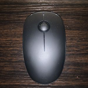 Generic Wireless Mouse | 3 In Stock for Sale in Las Vegas, NV