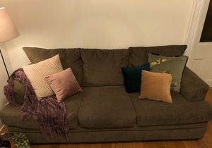 Couch for Sale in Brooklyn, NY