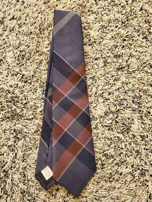 Mens authentic Burberry plaid tie like new condition located in Yorba linda for Sale in Yorba Linda, CA