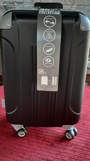 24 inch travers luggage for Sale in Huntington Park, CA