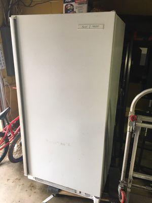 Standing deep freezer for Sale in Marietta, GA