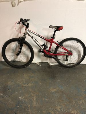 """Haro 24"""" Wheel Youth Mountain Bike Boy Girl Trail Bicycle Trek Giant for Sale in Springfield, OH"""