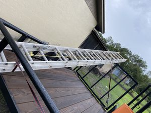 Ladder 28 foot for Sale in Kissimmee, FL