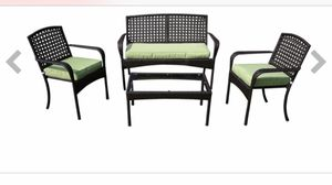 4 piece outdoor patio furniture (2 chairs, love seat and table) for Sale in Staten Island, NY