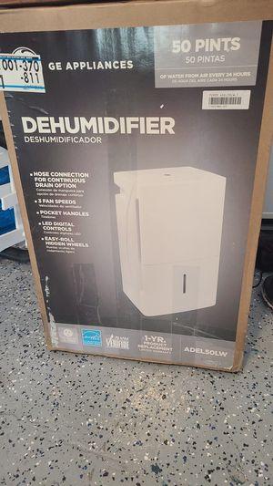 DEHUMIDIFIER GE 50 PINTS for Sale in Orlando, FL