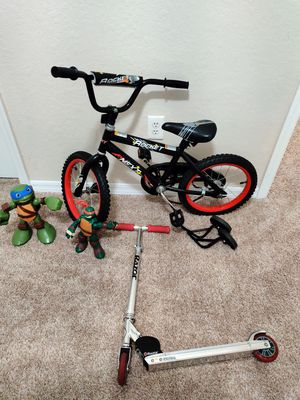 """16"""" cycle with support wheels + razor scooter + toys for Sale in Tampa, FL"""