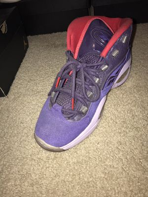 REEBOK SIZE 8 for Sale in Adelphi, MD