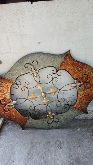 Wall decoration for Sale in Sudley Springs, VA