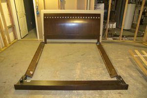 """King Sleigh Bed, Comp Desk & 55"""" TV stand w/glass shelves for Sale in St. Louis, MO"""