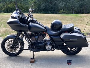2015 Road Glide Special - Only 5000 Miles! for Sale in Port Orchard, WA