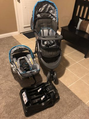 BabyTrend infant car seat w base and matching stroller for Sale in Bardstown, KY