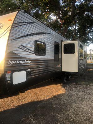 2017 Keystone Springdale 271RL Travel Trailer for Sale in Seminole, FL