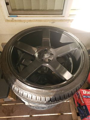 Black 22 inch k9 rims came off a dodge charger for Sale in Reedley, CA