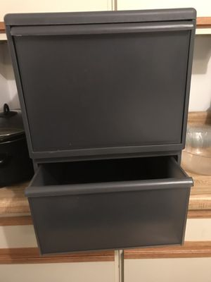 Container store LikeIt plastic storage drawers for Sale in Stow, OH