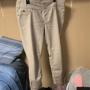 Khaki Women's Plus Size Pants for Sale in East Hartford, CT
