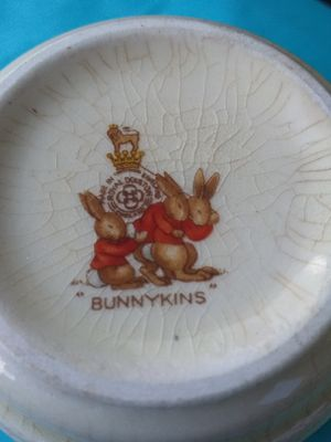 Antique Bunnykins royal doulten china set for Sale in Lancaster, OH