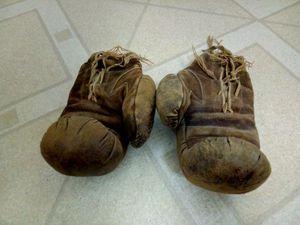 Vintage boxing gloves for Sale in Alameda, CA