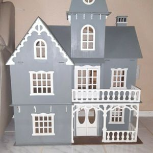 Antique doll House for Sale in Houston, TX