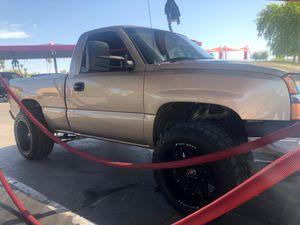 """Chevy silverado 2004 @ """" emission 2 años 5800$ OBO for Sale in Phoenix, AZ"""