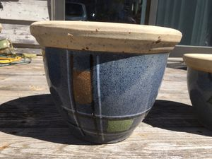 3 clay Flower pots for Sale in INVER GROVE, MN