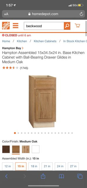 Hampton Assembled 15x34.5x24 in. Base Kitchen Cabinet with Ball-Bearing Drawer Glides in Medium Oak for Sale in Lemont, IL