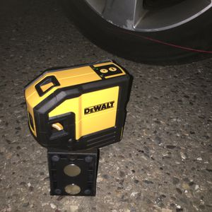 """Dewalt Lazer ...""""mario Pleez Txt Me On Here I Dont Have Your Number for Sale in Santa Maria, CA"""