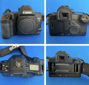 CANON EOS 3 Body Only. 35mm Film SLR Camera w Eye Control. for Sale in Redlands, CA