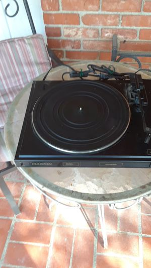 Marantz Legacy turntable for Sale in Fort Worth, TX
