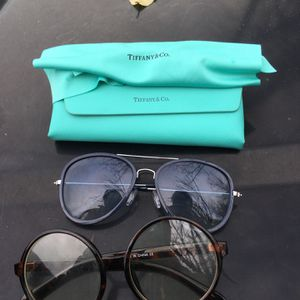 Women Tiffany And Co Glasses Case And 2 Regular Shades for Sale in Hyattsville, MD