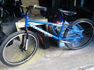 Standard 125r cruiser 24in bmx bike for Sale in Akron, OH