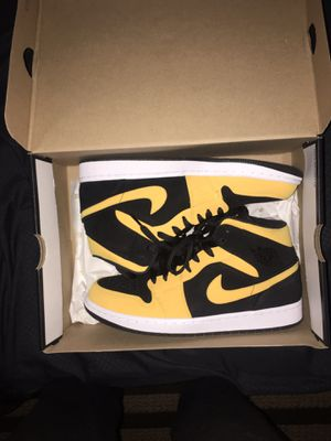 Retro 1 Jordan's size 9.5 for Sale in Williamsport, PA
