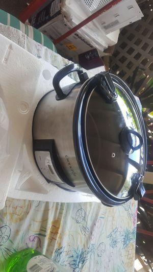 Crock pot slow cooker for Sale in North Miami Beach, FL