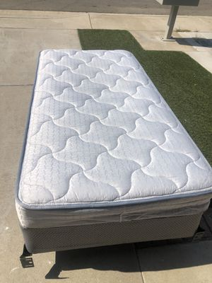 Twin bed with box spring and frame 4 years old for Sale in Fontana, CA