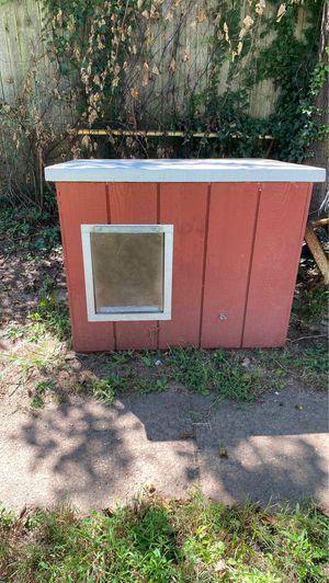 Dog house for Sale in Hamilton Township, NJ