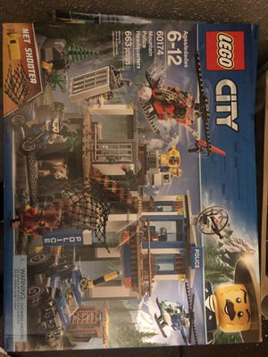 Lego city Mountain Police Headquarters 60174 Brand New Sealed In Box for Sale in Tarpon Springs, FL