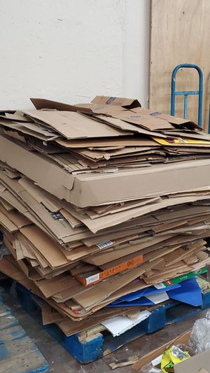 Free cardboard for Sale in Commerce, CA