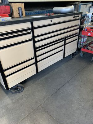 Snap on ktep desert camo and black tool box for Sale in Oakley, CA