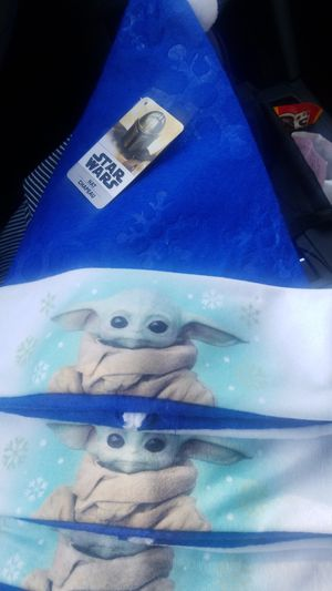 Disney's Star Wars Baby Yoda Christmas Hat for Sale in Pico Rivera, CA